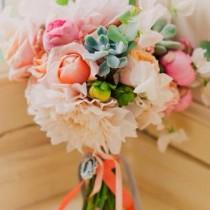 BI_10_inspiring_bridal_bouquets_10