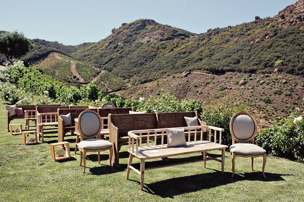 BI_wedding_seating_1
