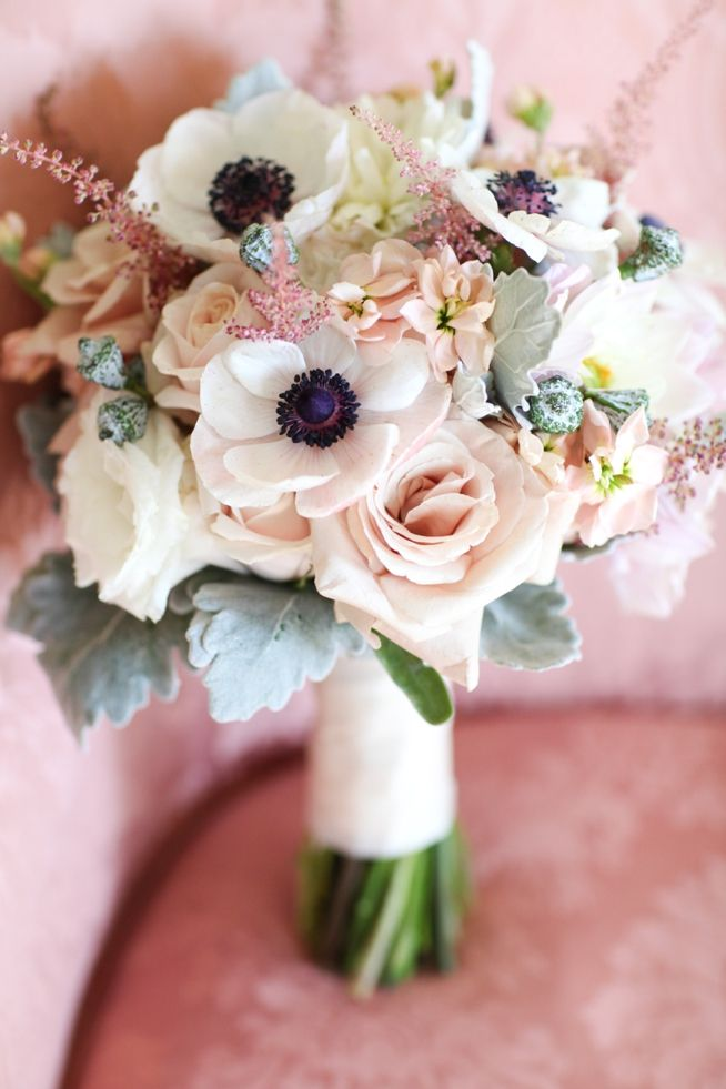bridalidol_beautiful_spring_wedding_bouquets_13