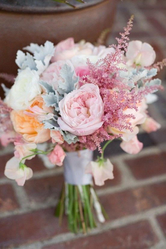 bridalidol_beautiful_spring_wedding_bouquets_5