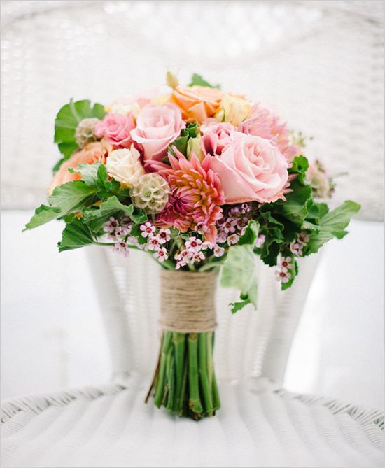 bridalidol_beautiful_spring_wedding_bouquets_6