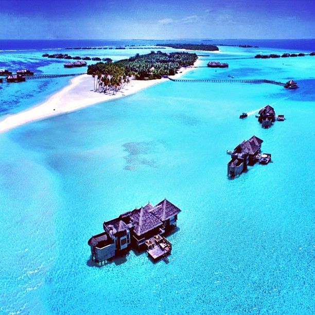 bridalidol_top_destinations_for_honeymoon_for_2014_Lankanfushi Island, Maldives_1