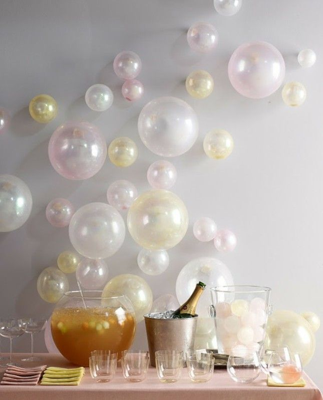 bridalidol_top_trends_for_2015_bridal_shower_party_with_baloons_10