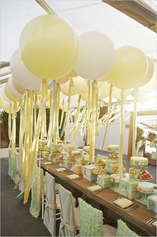 bridalidol_top_trends_for_2015_bridal_shower_party_with_baloons_11