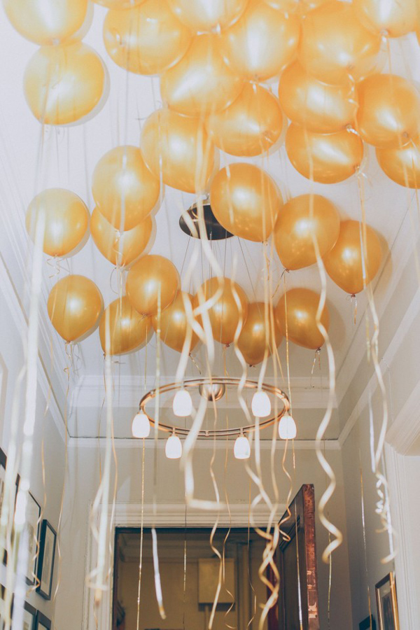 bridalidol_top_trends_for_2015_bridal_shower_party_with_baloons_5