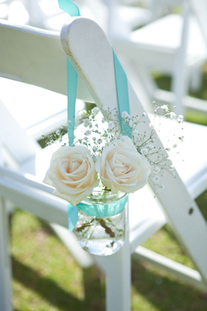 bridalidol_8_interesting_and_eazy_ideas_how_to_decorate_your_wedding_chairs_mason jars