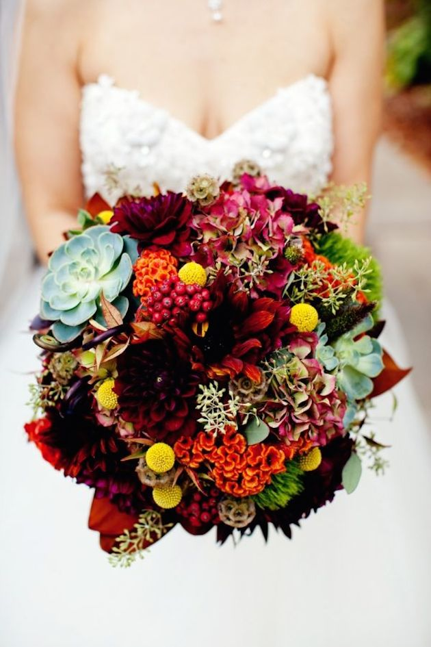 bridalidol_top_10_fall_wedding_bouquets_1