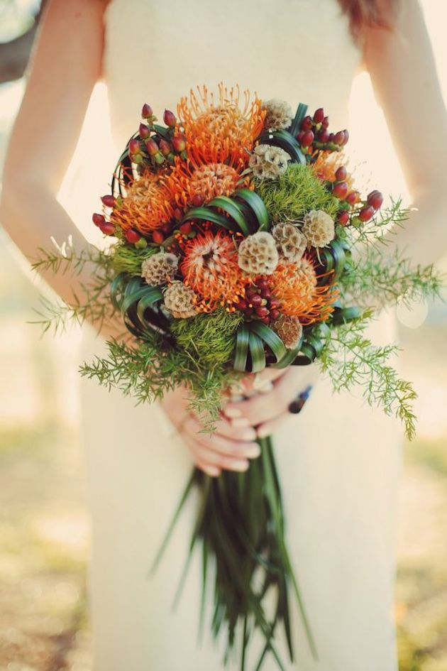 bridalidol_top_10_fall_wedding_bouquets_2