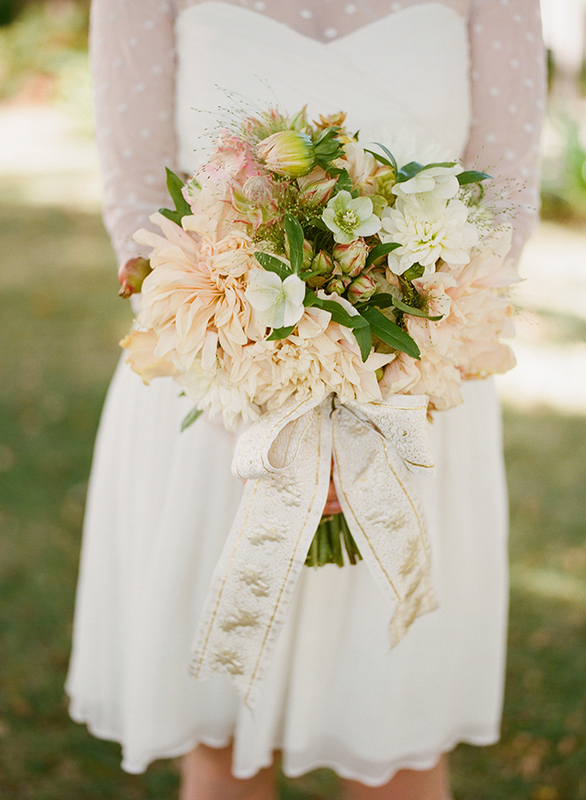 bridalidol_top_10_fall_wedding_bouquets_9