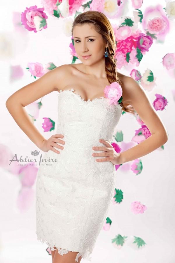 bridalidol_top_trends_for_wedding_dresses_2016_short_wedding_dress_1
