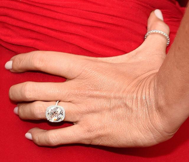 bridalidol_celebrity_weddings_sofia_vergara_engagement_ring