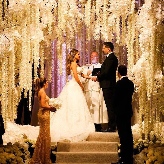 bridalidol_celebrity_weddings_the_said_yes_sofia_vergara`s_wedding_4