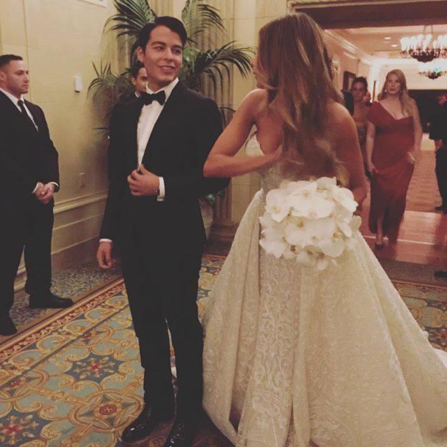 bridalidol_celebrity_weddings_the_said_yes_sofia_vergara`s_wedding_6