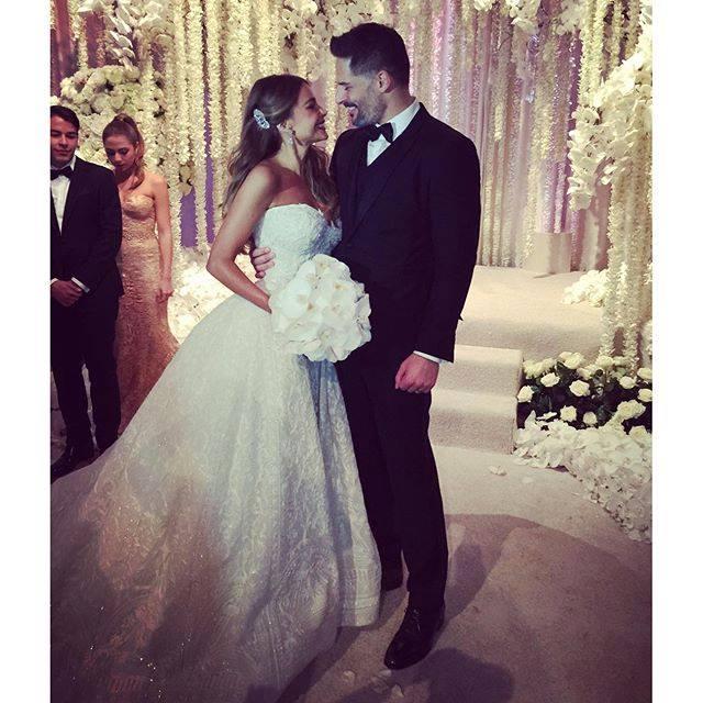 bridalidol_celebrity_weddings_the_said_yes_sofia_vergara`s_wedding_8