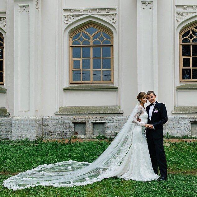 bridalidol_the_most_memorable_celebrity_weddings_for_2015_Kate-Grigorieva-Alexander