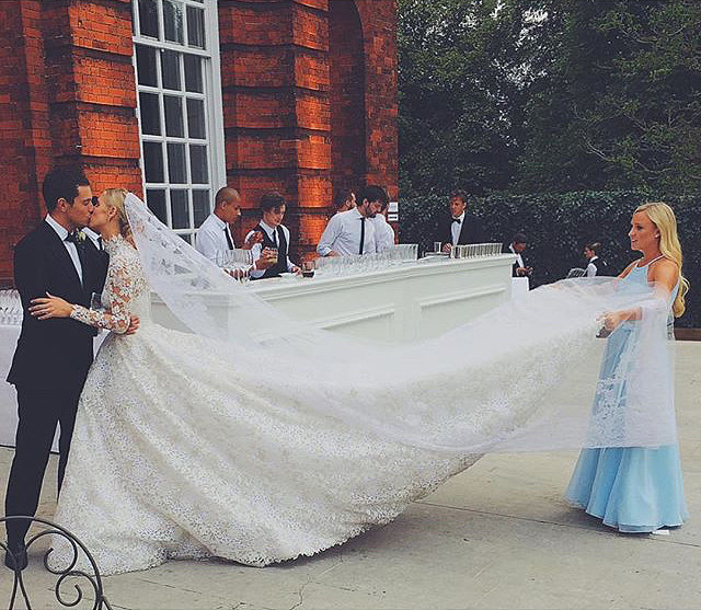 bridalidol_the_most_memorable_celebrity_weddings_for_2015_Nicky-Hilton-James-Rothschild